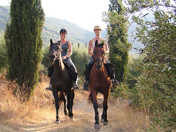 Horse riding in the area of Avdou village