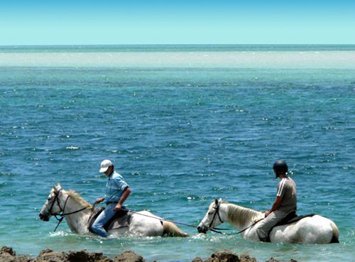 Riding in the Sea, Mozambique