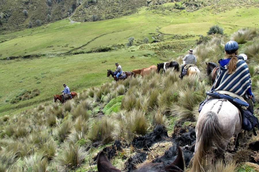 horseback vacation in Ecuador Andes