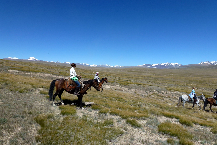 horse riding holiday in Kyrgyzstan