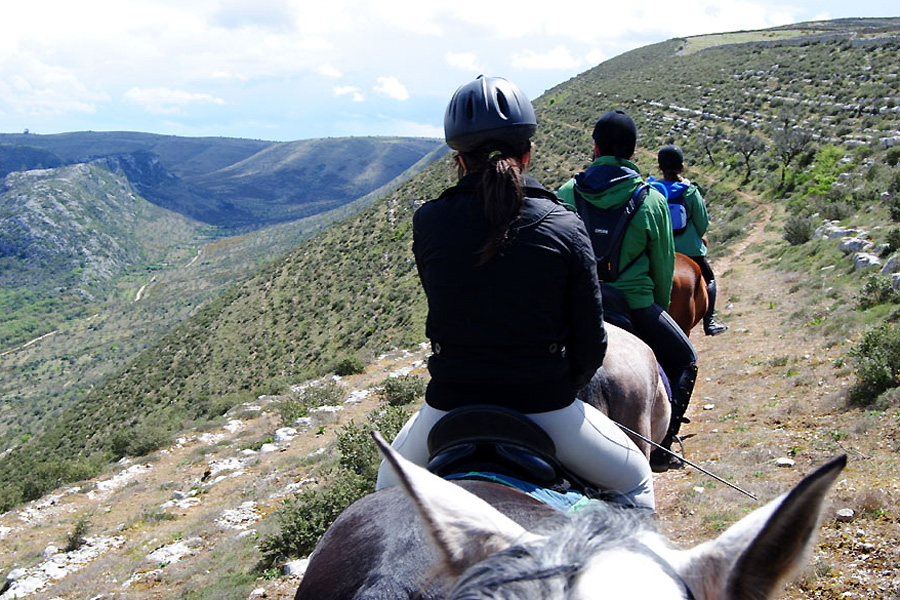 horse riding holiday trek Portugal