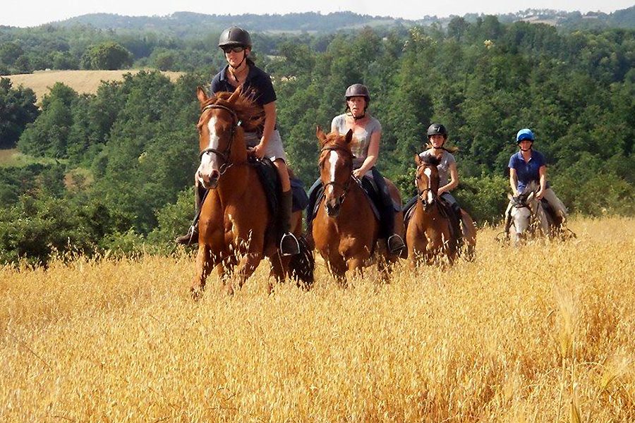 horse riding holiday in Italy