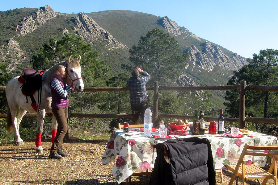 Horseback vacation in Villuercas