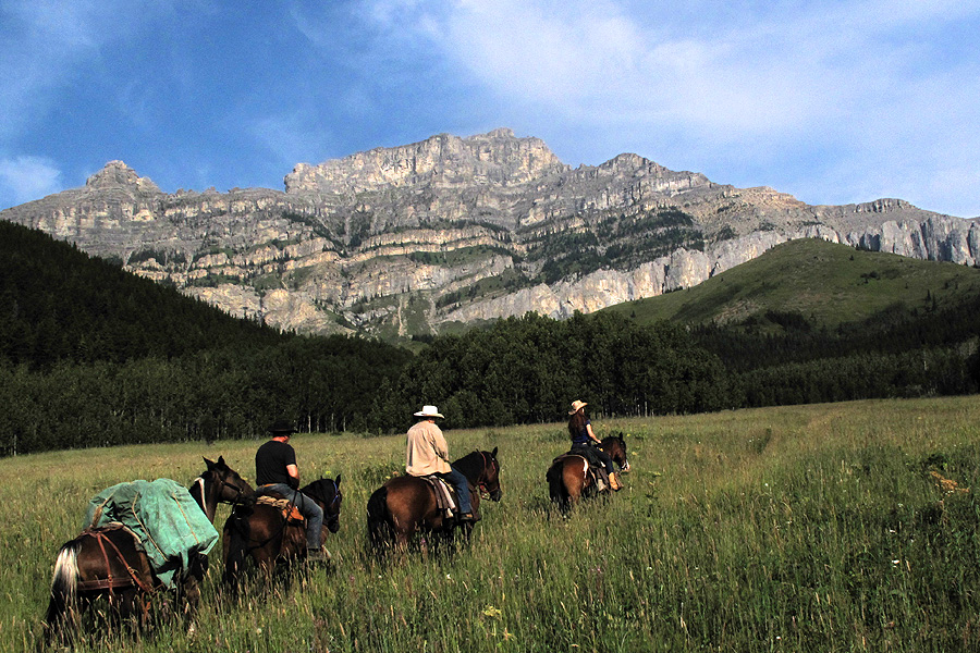 Horseback vacation in the Rocky Mountains