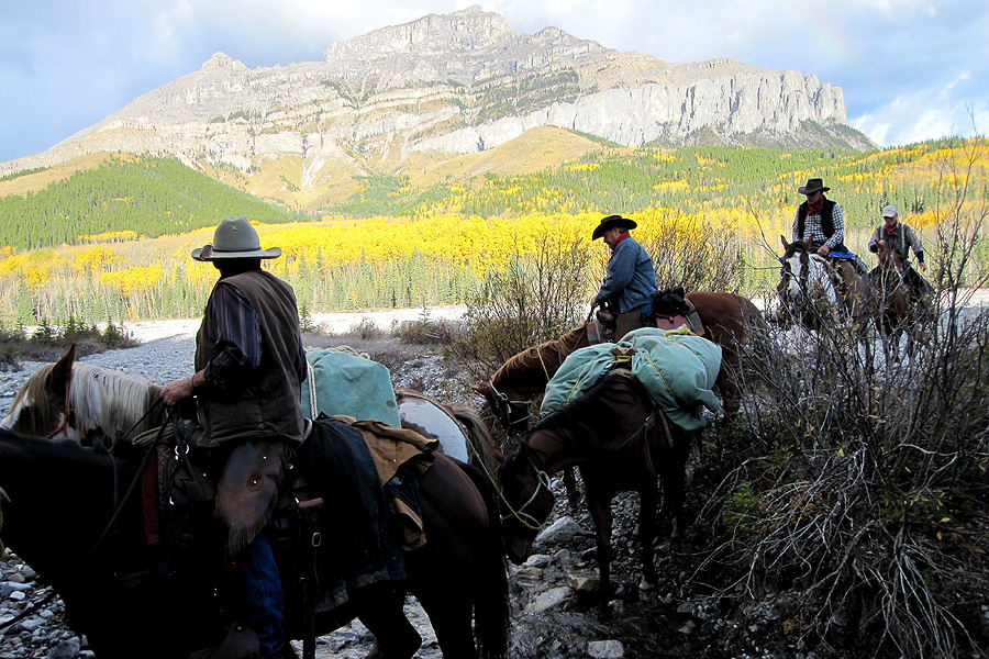 Horseback mountain pack trip