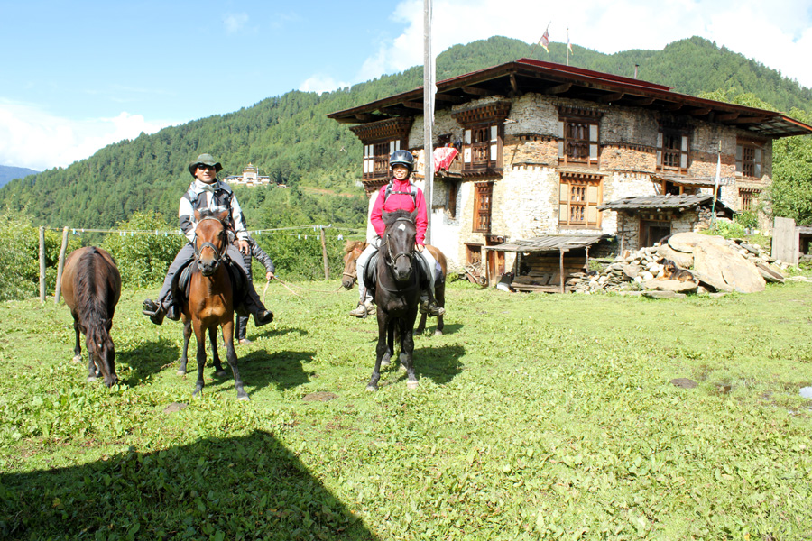 Cultural horse riding holiday in Bhutan
