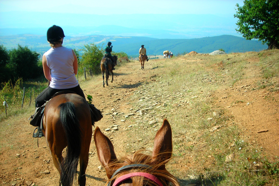 Cultural horseback vacation Bulgaria