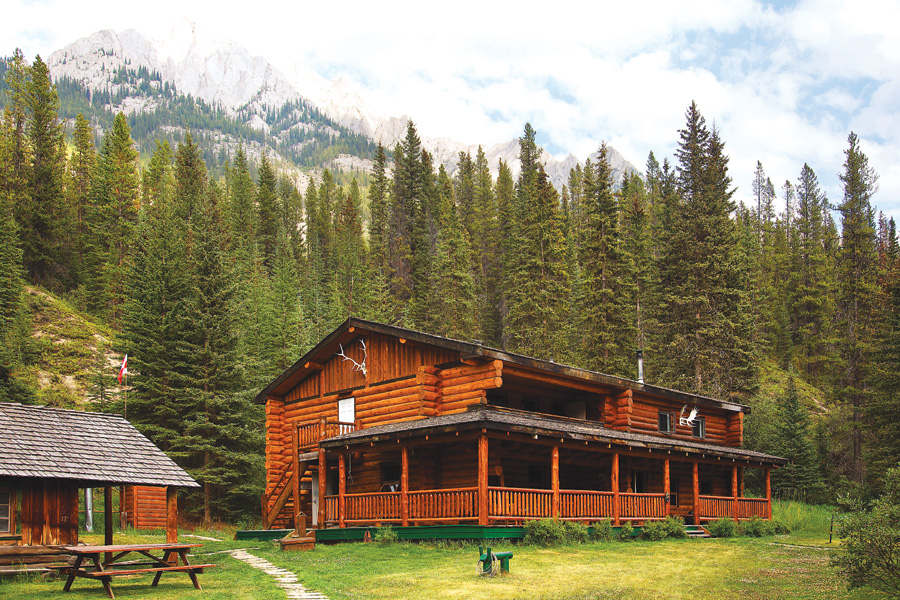 Lodge based horseback vacation in Canada
