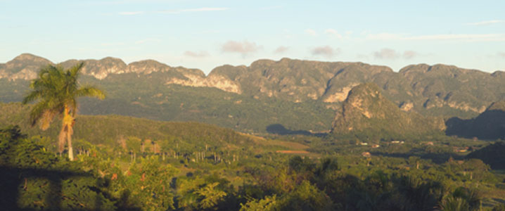 Mountain views from the Revolution Trail horserdiing holiday in Cuba