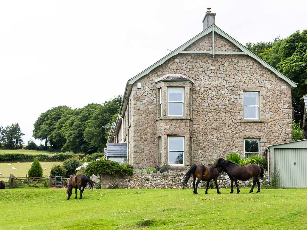 back to base farmhouse adjacent to Dartmoor